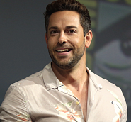 Zachary Levi Noten für Piano